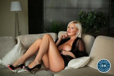Meet Kristal in Glasgow City Centre right now!