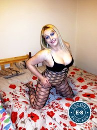 Meet Jennyfer in Glasgow City Centre right now!