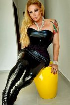 TS Brigitte Von Bombom - transexual escort in Glasgow City Centre